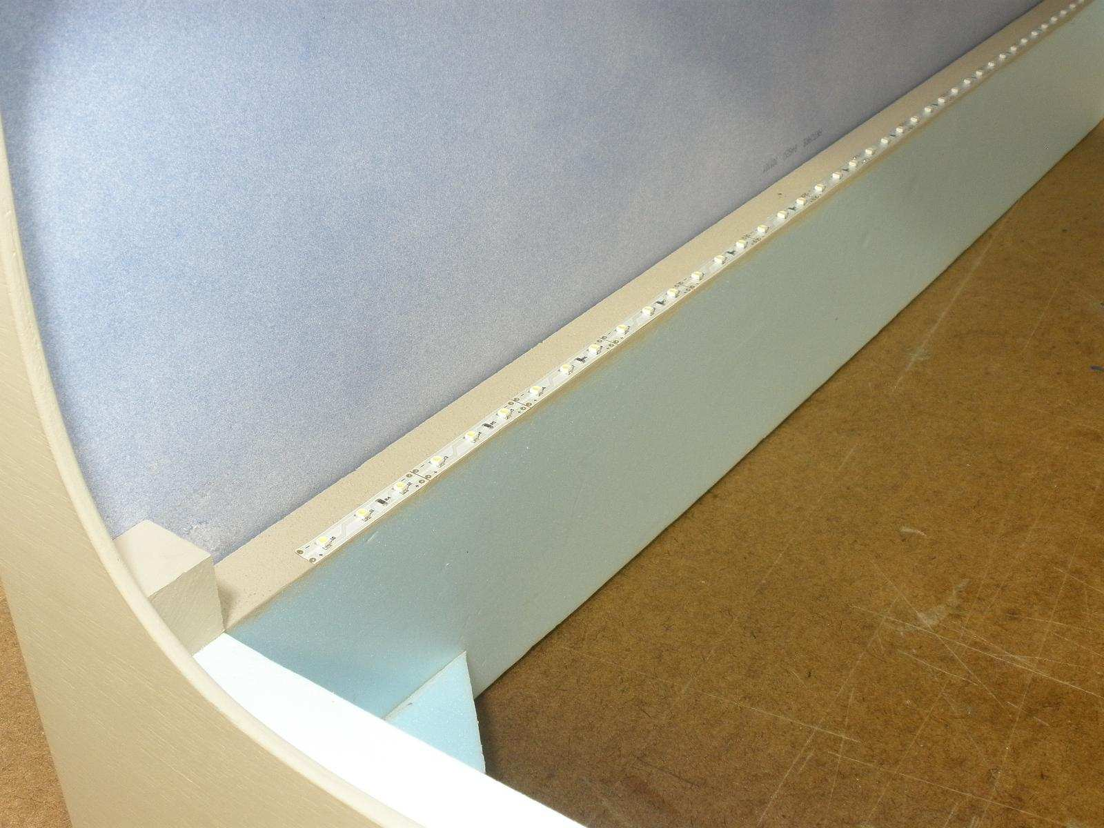 The 'horizon' LED strip along the back