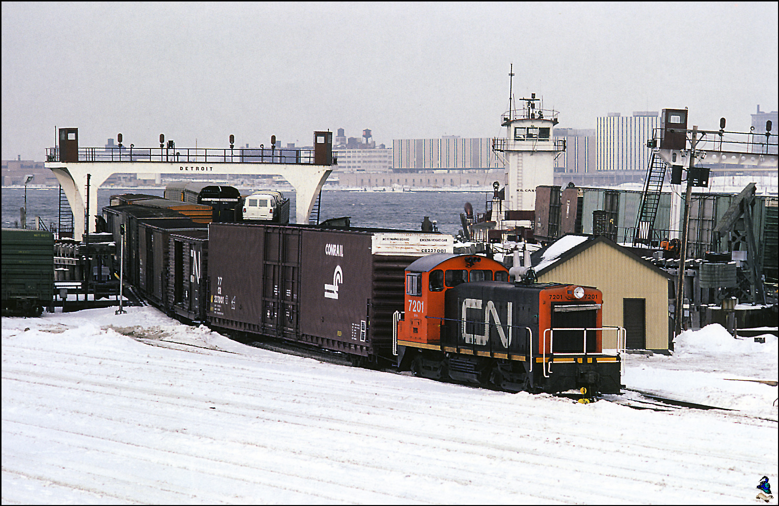CN SW900 in Windsor Ontario in 1982