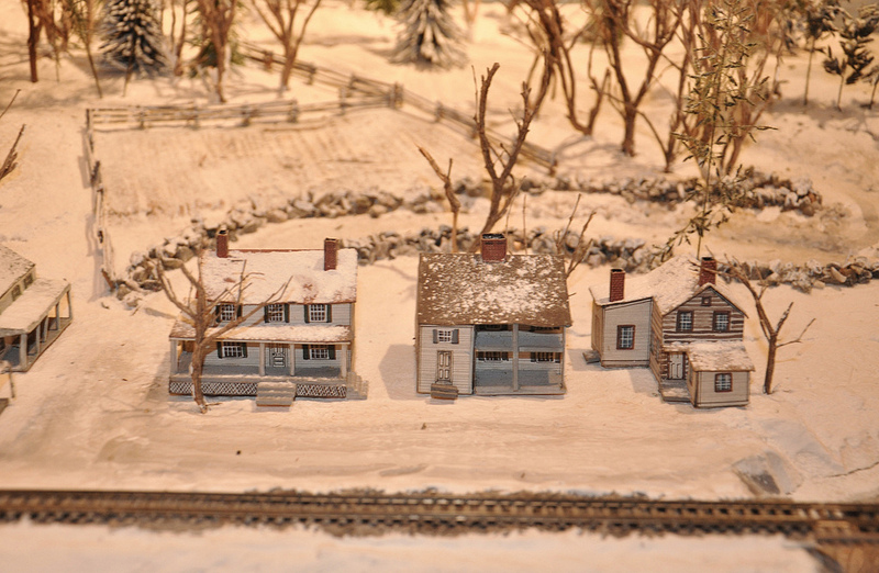 Houses on the N-Scale Layout