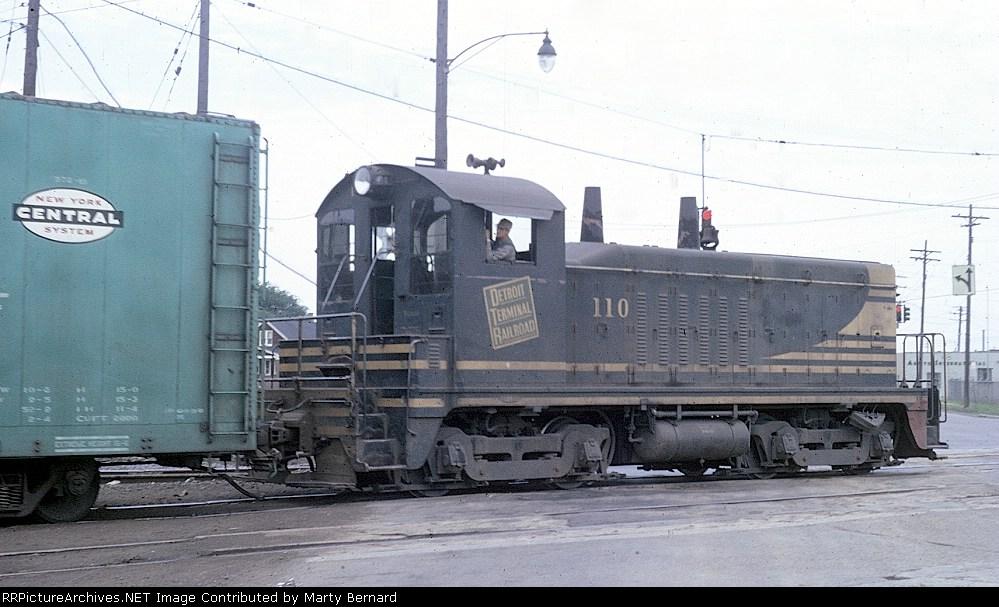 Detroit Terminal RR NW2 #110 (photo by Marty Bernard)