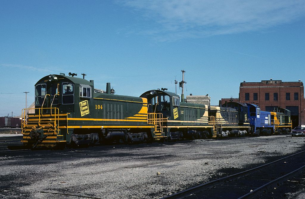 ex DT switchers lined up in Collinwood,Ohio