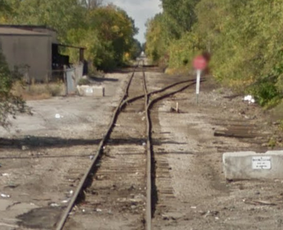 CSX (ex Pere Marquette) trackage. Detroit Terminal RR crossing was located just beyond turnout.