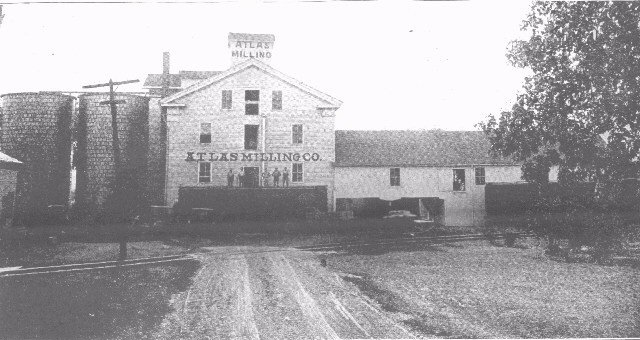 The Atlas Feed mill circa 1923. Note the forground tracks that led to the switchback.