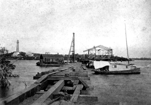Dock construction at Jupiter