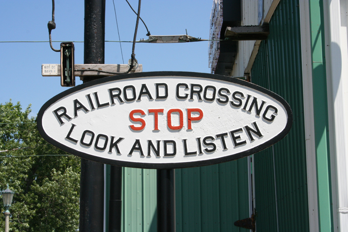 Stop-Look-Listen-sign-IRM-7-7-07