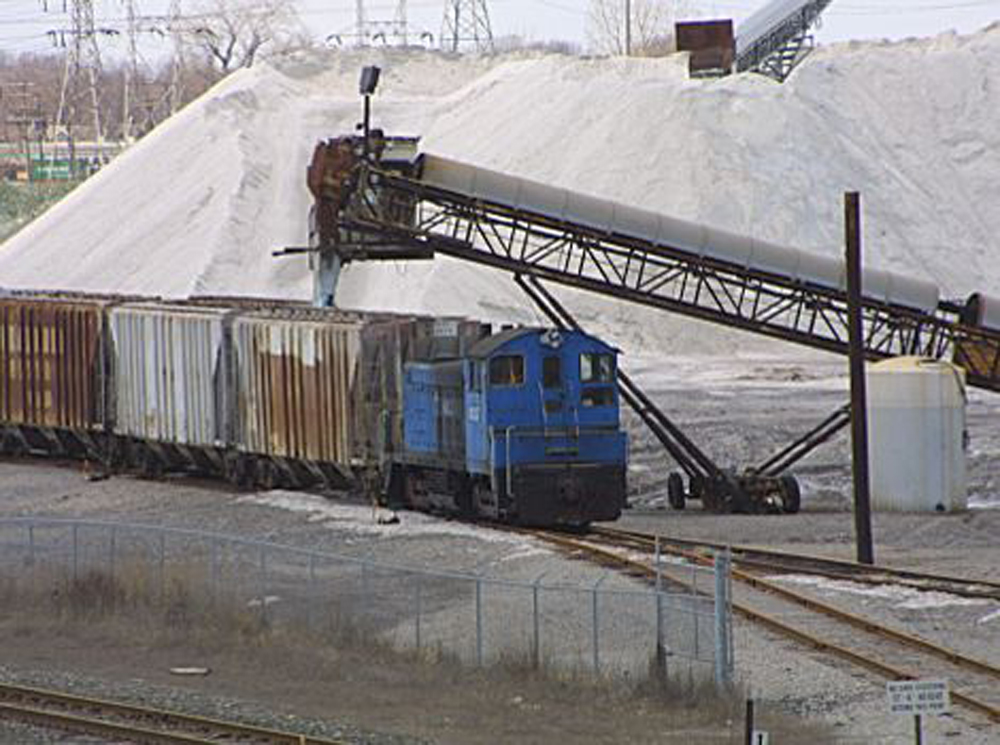 Loading salt in Detroit