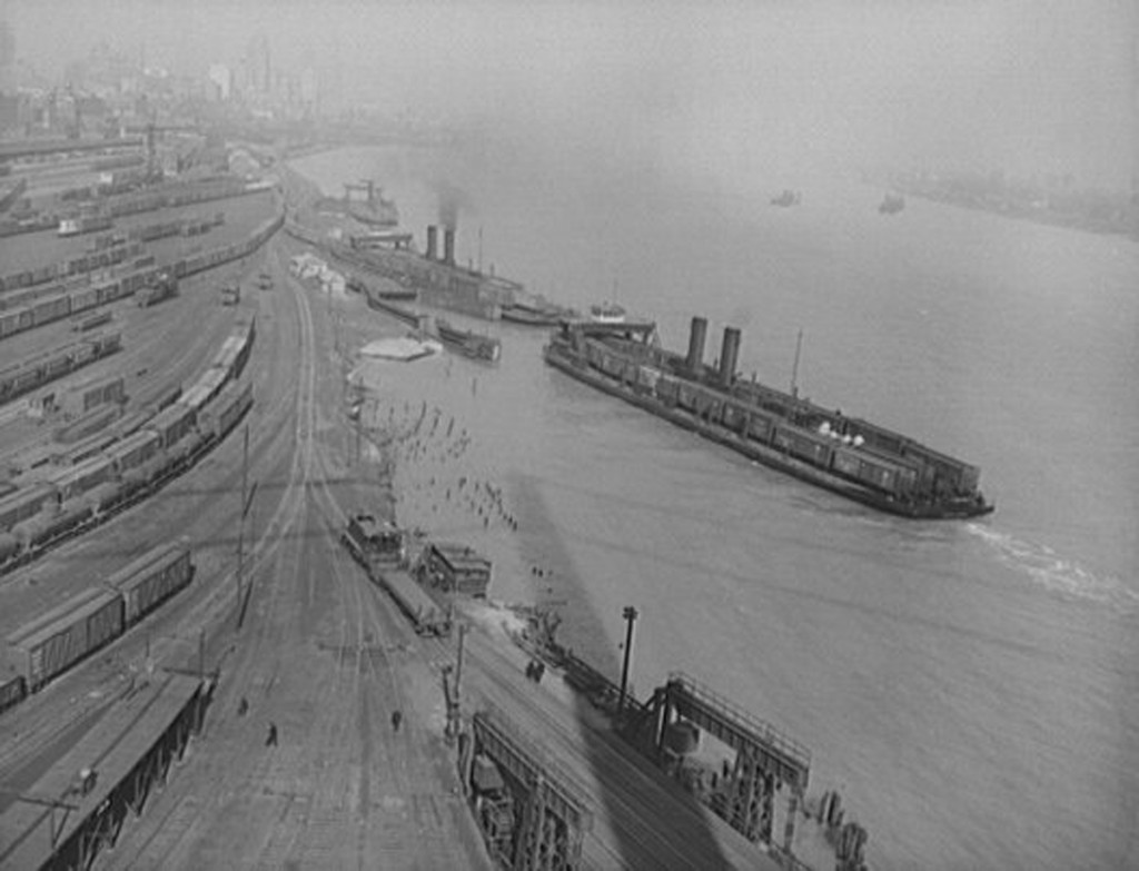 View of Detroit waterfront, early 1900's